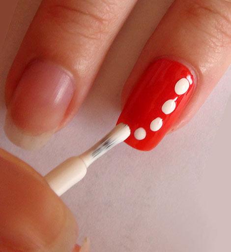 Рисунок на ногтях иголкой фото