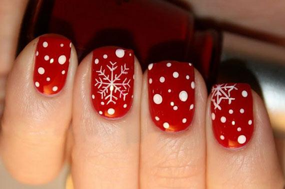 Интересный новогодний дизайн ногтей