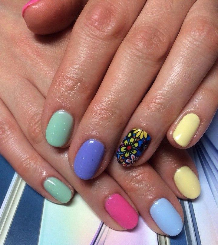 Красивая жизнь коротких ногтей
