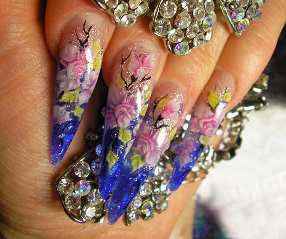Наращивание ногтей акрилом на дому