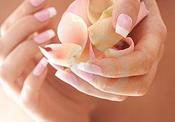 Почему ногти растут медленно