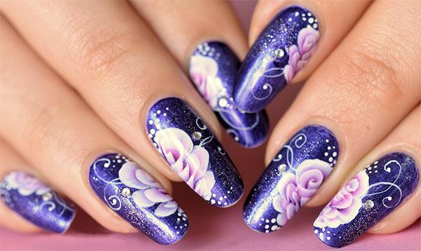 Рисунки на ногтях со стразами