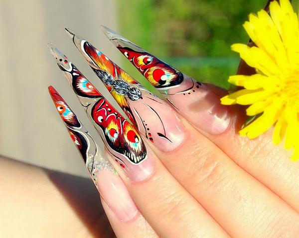 Фото ногтей нарощенных в форме стилет