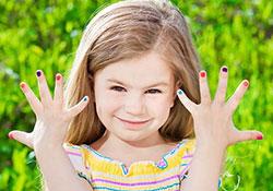 Детский маникюр для девочек