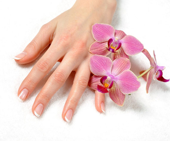 Лечение белых точек на ногтях народными средствами