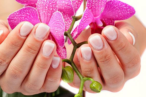 Почему слоятся ногти и что делать