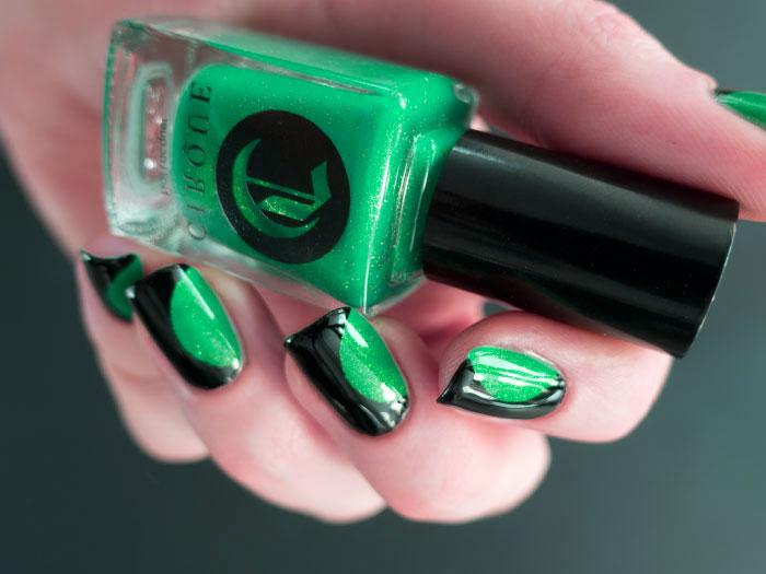 зелено-черный цвет в маникюре фото
