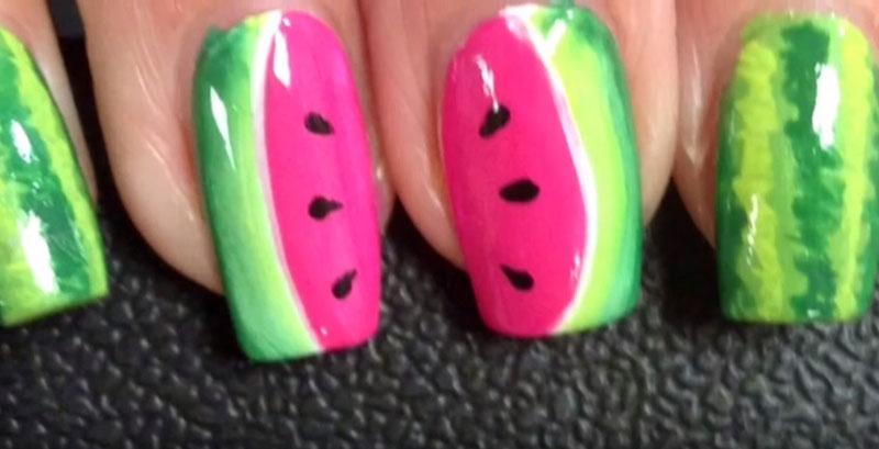 Дизайн ногтей арбуз