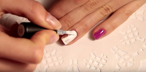 Как сделать маникюр с кристаллами пикси